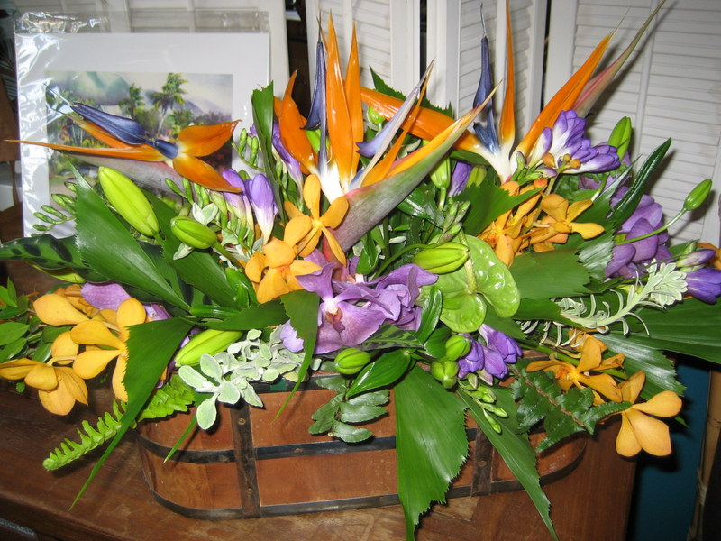 Tropical Flower Centerpieces Tropical Table Centerpiece In