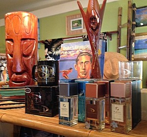 Gift shelf - Wooden Carvings & Fragrances